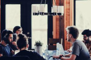 部下とのコミュニケーションの取り方|ゆとり世代の特徴と育成のコツ